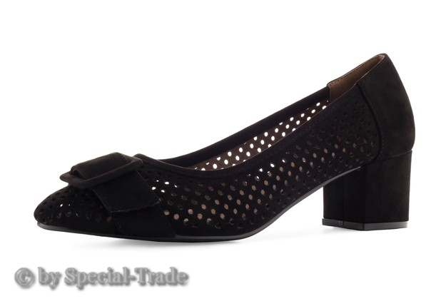 pumps-black-2330.jpg
