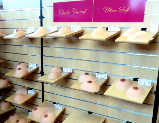 redrose-classic-curved-ultrasoft-breast-forms-showroom-schwaig-nuernberg.jpg