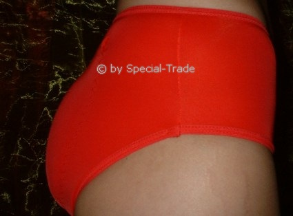 Vagina-Panty red, with silicone inserts for perfect buttocks